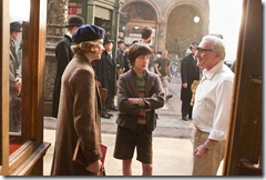 Martin-Scorsese-on-the-set-of-HUGO